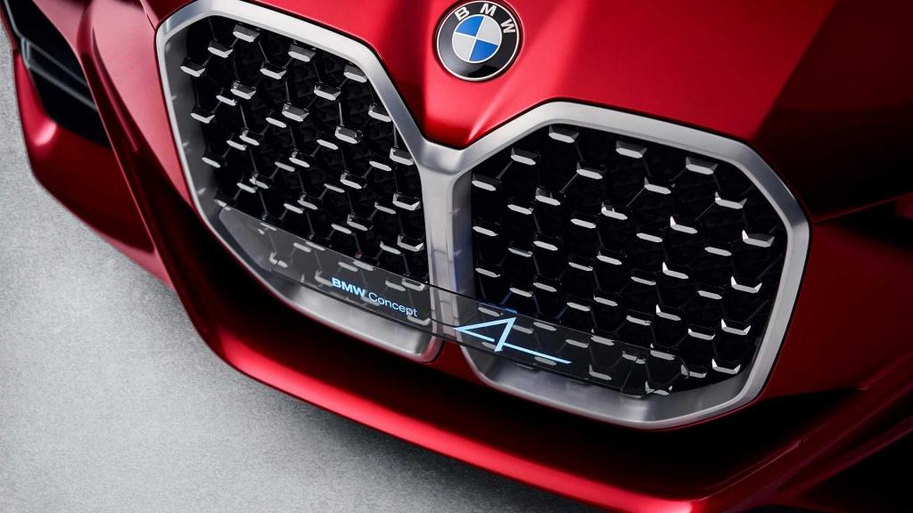 BMW Серия 4 с дебют през юни - големите бъбрековидни решетки остават