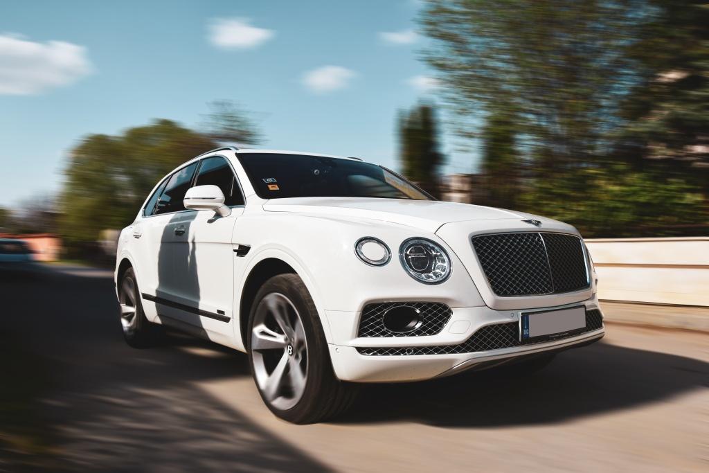 Bentley Bentayga V8 Diesel - най-усъвършенстваният дизелов двигател в света