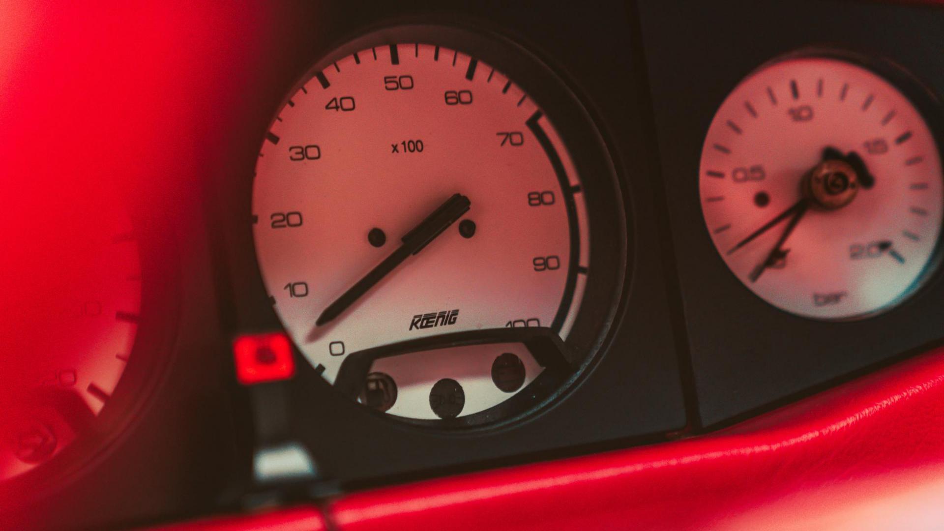 KOENIG-SPECIALS Ferrari Testarossa.