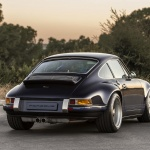 Singer Porsche Back