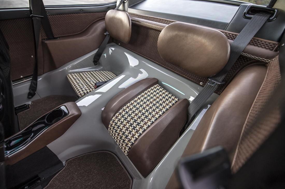 Singer Porsche Back Seats
