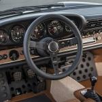 Singer Porsche Interior details