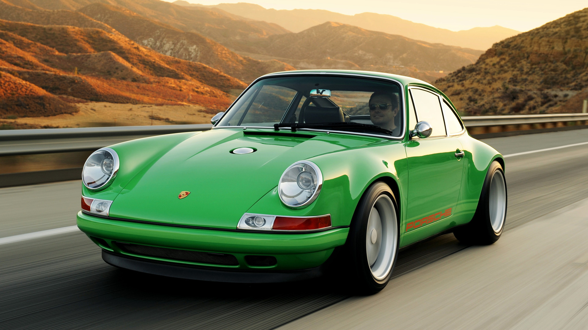 Singer Porsche Green
